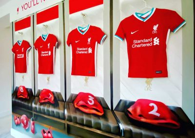 033-lfc changing room-anfield-spray paint art-graffiti-bedroom mural-official