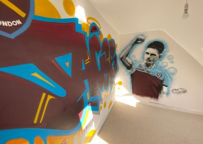066-West-Ham-United-Bedroom-Name-Tag-in-graffiti-and-mural-of-Declan-Rice