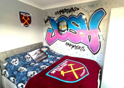 072-Childs-bedroom-with-name-in-graffiti-and-westham-logo