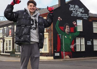 142-ray clemence-lfc-keeper-anfield-mural